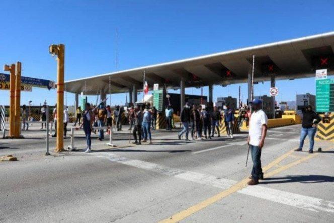 Violenta toma de caseta en Jalisco deja 37 detenidos